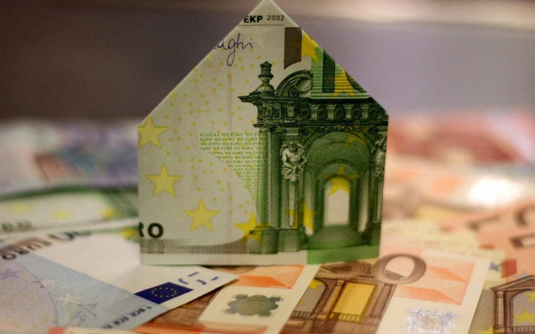 Bekommen Immobilienkäufer bald Geld fürs Geldleihen?